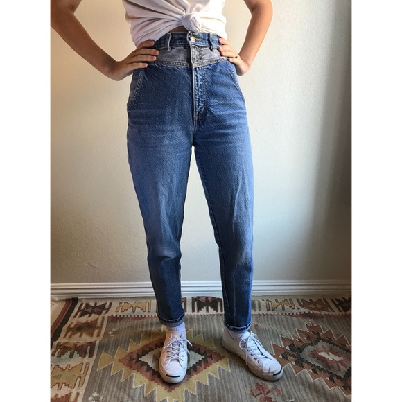 a26d45eb Vintage Jeans   Ultra High Waist Twotone Mom   Poshmark